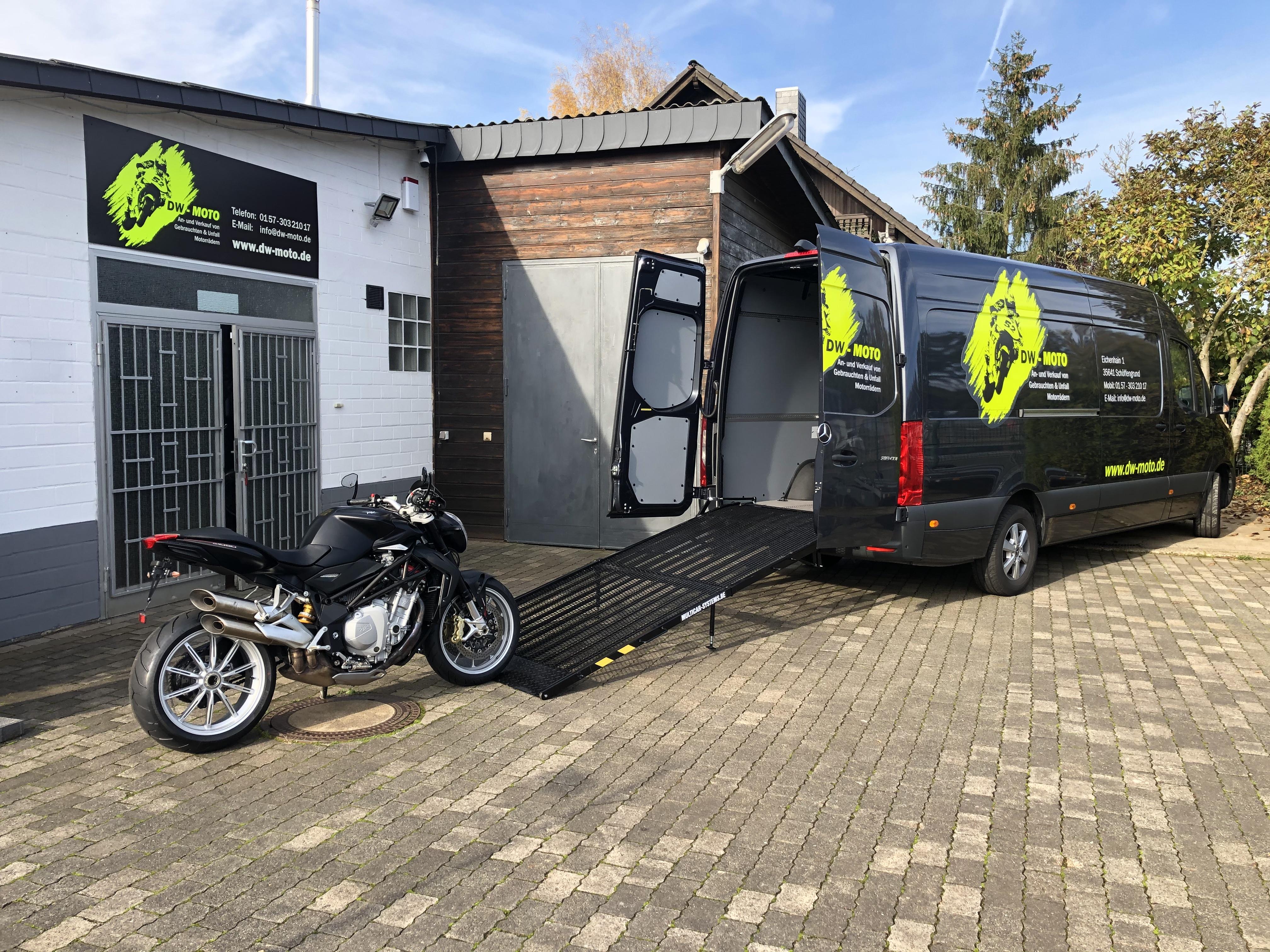 An- und Verkauf von gebrauchten und Unfall Motorrädern